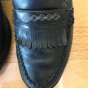 Ariat Shoes - Ariat Cheyenne Street Black Leather Fringe Loafers